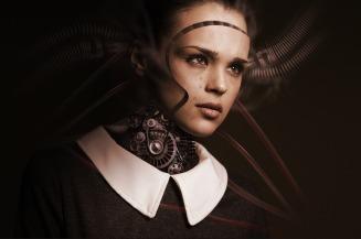 Kvinne robot